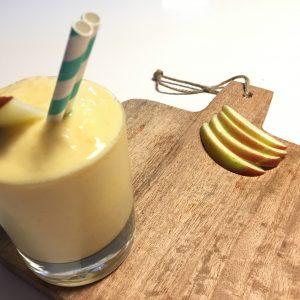 Vegan mangosmoothie met appel