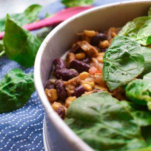 Vegetarische wraptaart met kidneybonen en spinazie