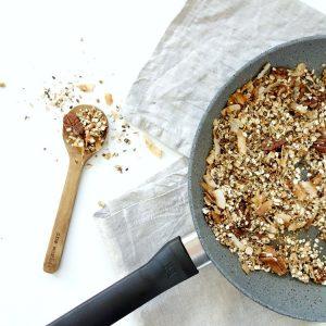 Anne's makkelijke granola met pecannoten uit de pan