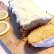 Sensationele citroencake met romige topping
