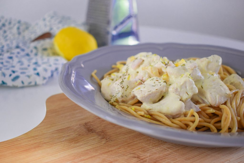Spaghetti, kipfilet, citroen-roomsaus