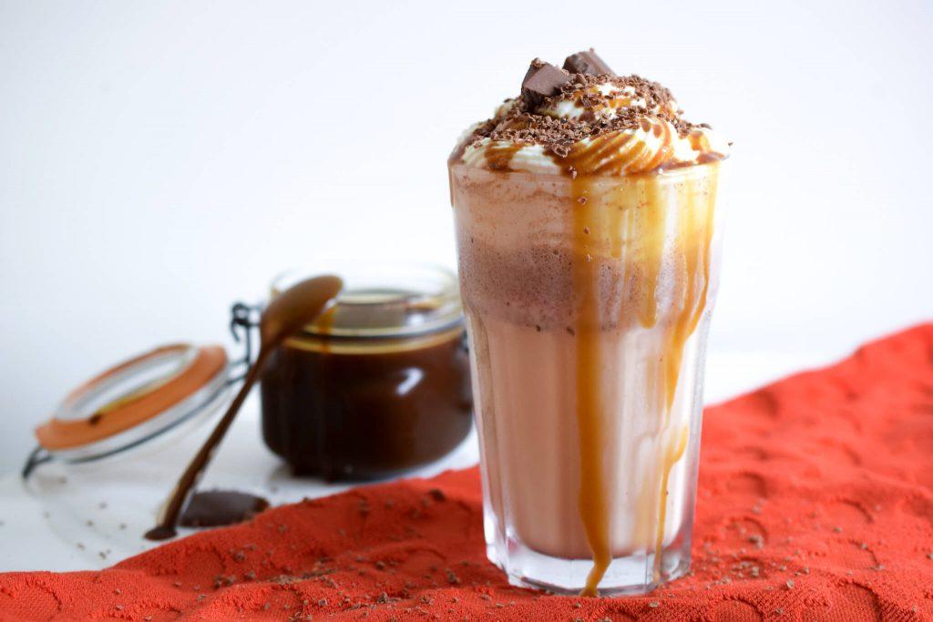 Tony's Chocolonely karamel zeezout milkshake