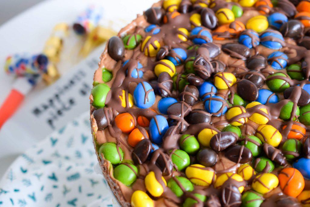 chocolademoussetaart met M&M's