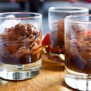 Pure-chocolademousse-karamel-zeezout